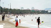 File photo of tourists visiting Chonburi