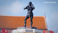 Nai Khanom Tom monument at Phra Nakhon Si Ayutthaya