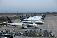 Passenger aircraft, operated by Ryanair Holdings, on the tarmac at London Stansted Airport , in Stansted, England, on Jan. 8, 2021. MUST CREDIT: Bloomberg photo by Chris Ratcliffe.
