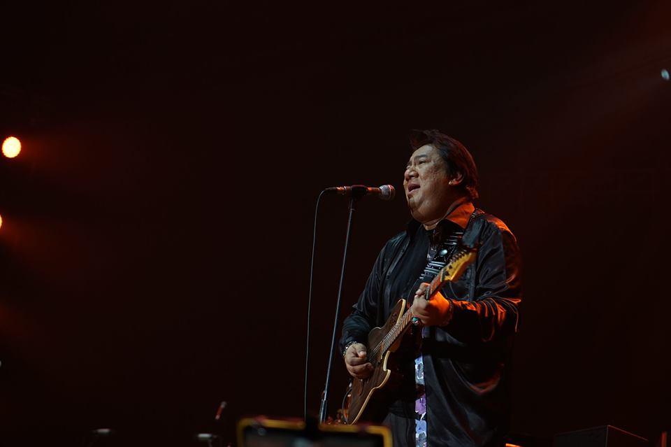 "The band's frontman Danupol ""Jae"" Kaewkarn"