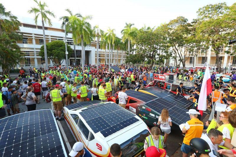 泰国大学生参加世界太阳能挑战赛