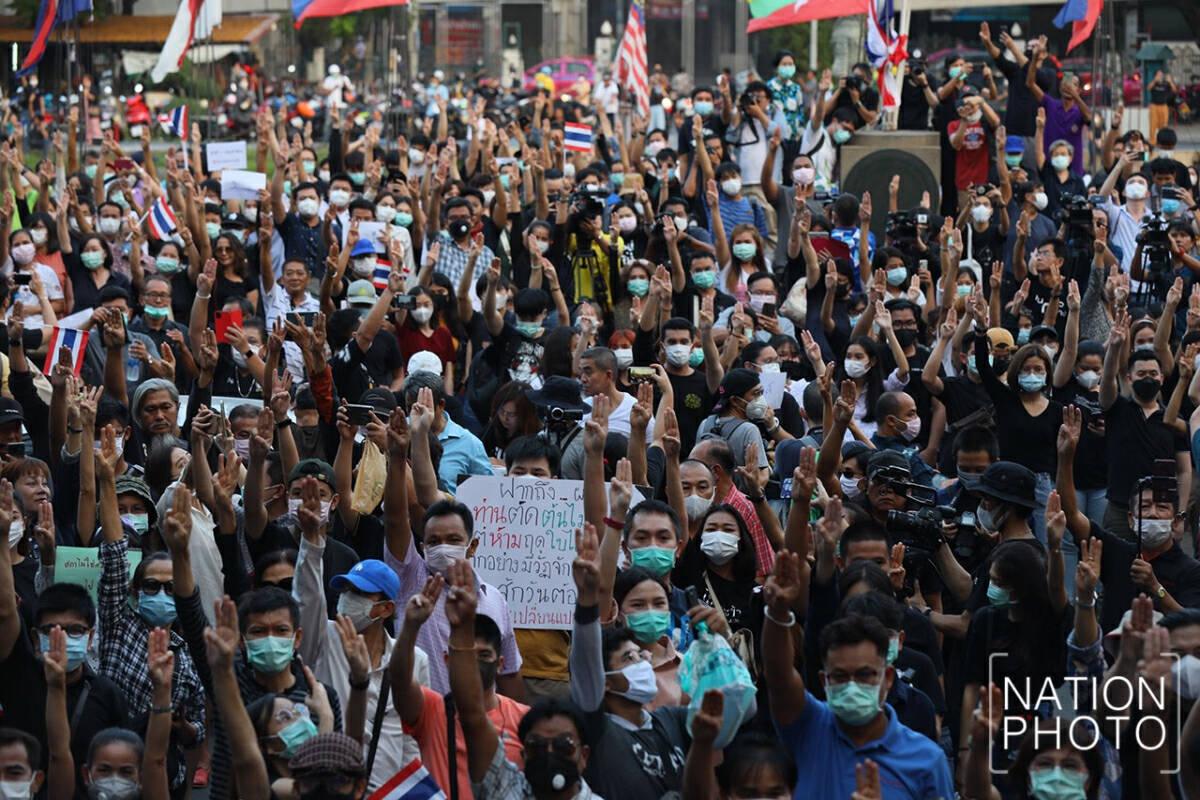 Thousands rally at Kasetsart University against government, warn bigger protests coming to Bangkok