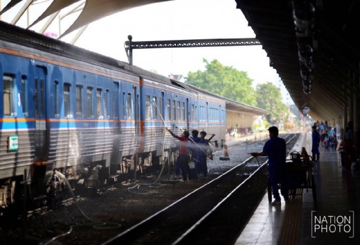 Hua Lamphong Railway Station shined up