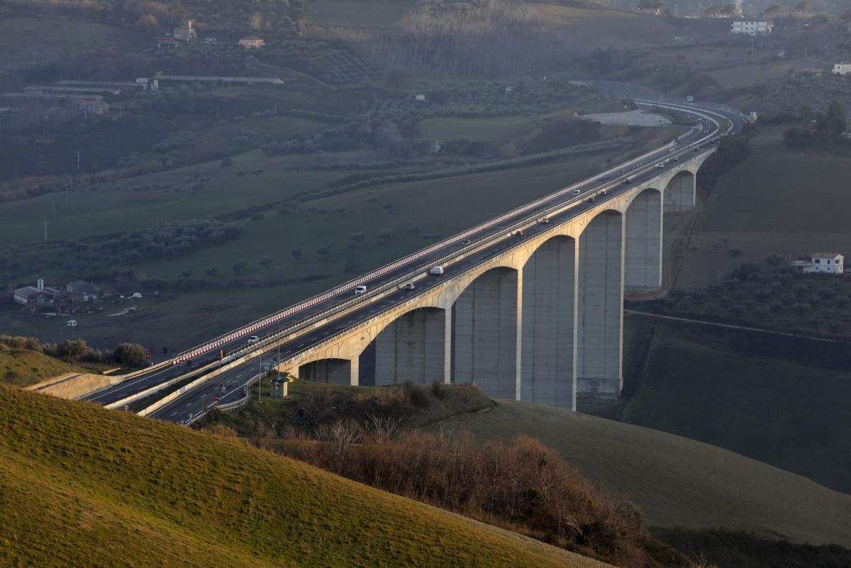 The Cerrano bridge in Pineto, Italy, on Jan. 22., 2020. MUST CREDIT: Bloomberg photo by Alessia Pierdomenico.