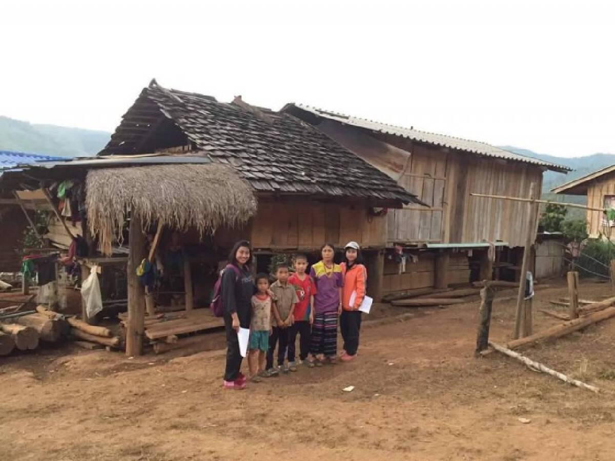 School sends teachers to educate children in mountains