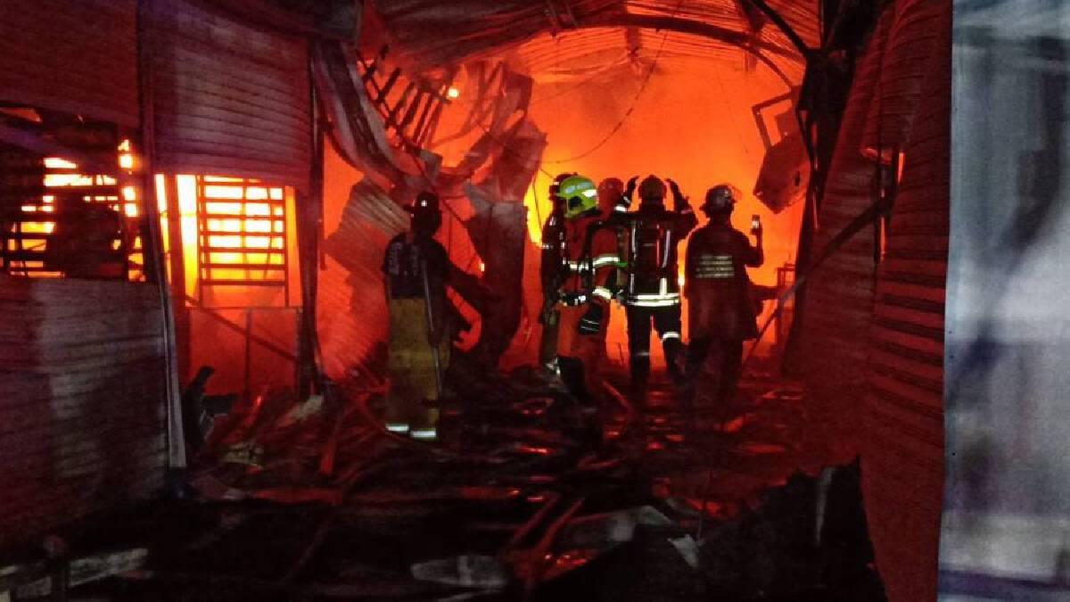 Fire breaks out at Bangkok's Ying Charoen Market