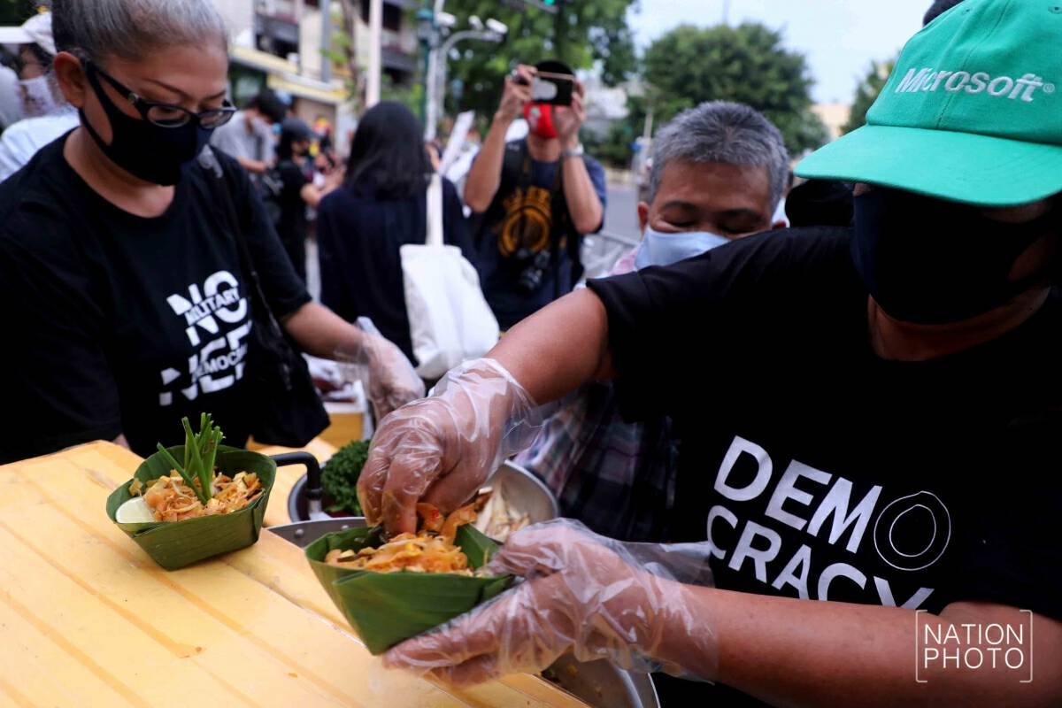 Field Marshall Plaek celebrated with phad Thai feast