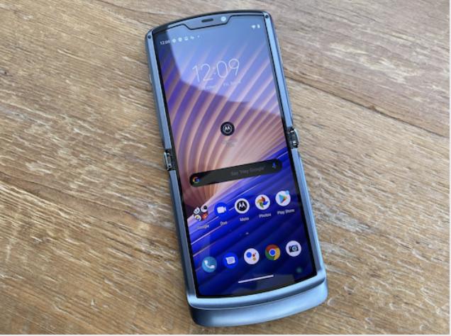 Motorola's Razr foldable smartphone. MUST CREDIT: Bloomberg photo by Mark Gurman