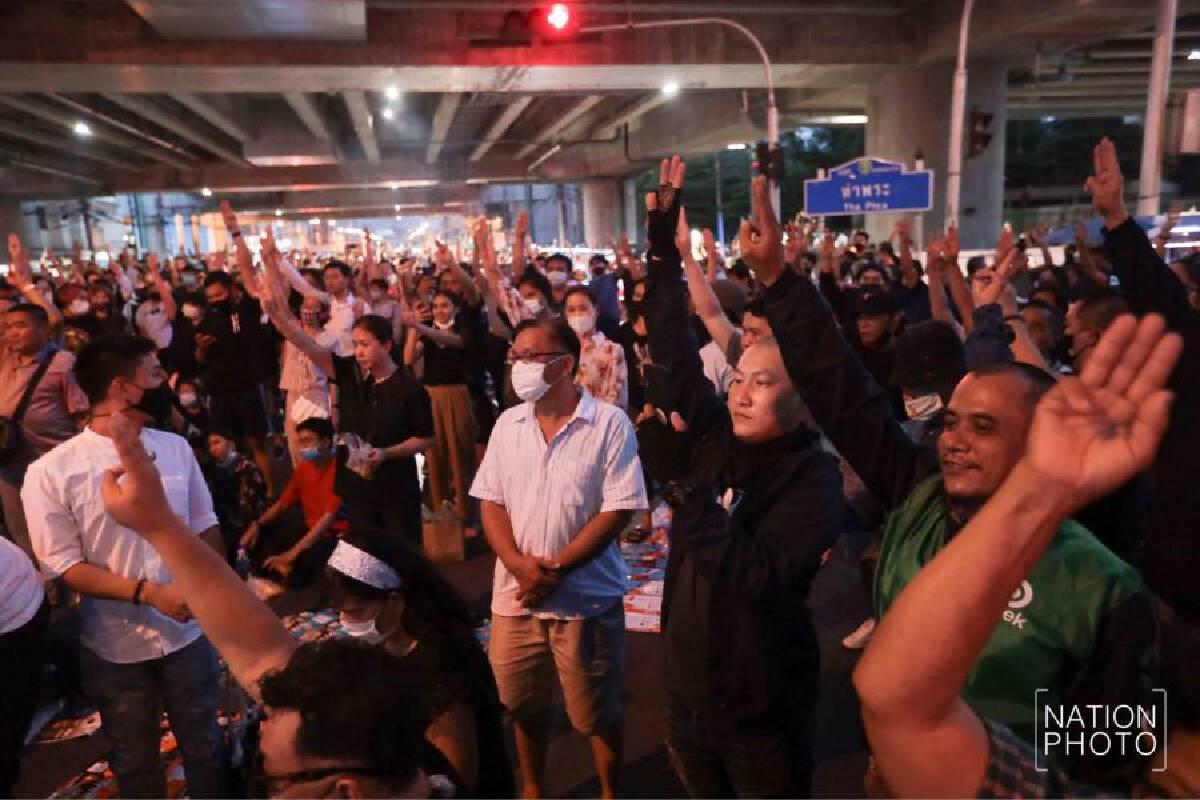 Exploding firecracker creates panic among protesters; suspect flees on bike