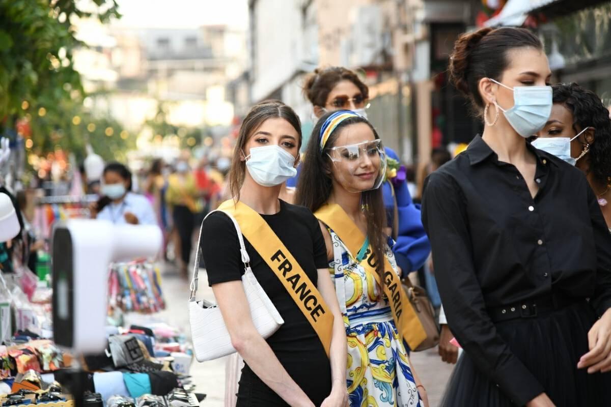 International pageant beauties visit Khlong Ong Ang