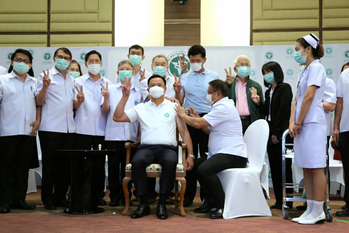 Health minister gets 2nd jab, says Thailand in talks for travel bubbles