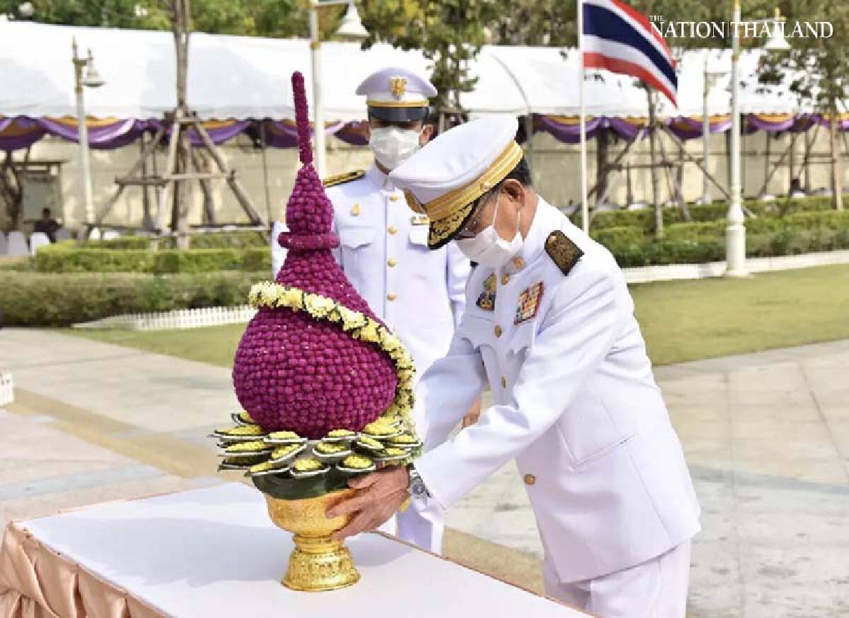 Thai lawmakers pay obeisance to founder of Chakri Dynasty, King Rama I
