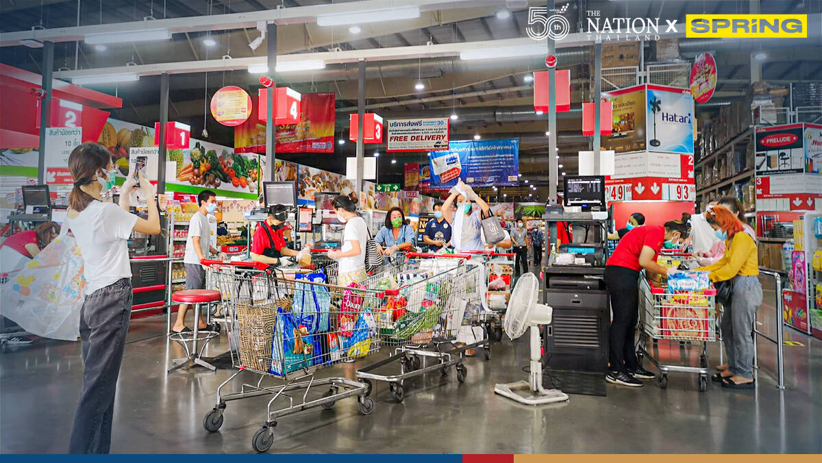 Shopping frenzy as people stock up ahead of possible lockdown