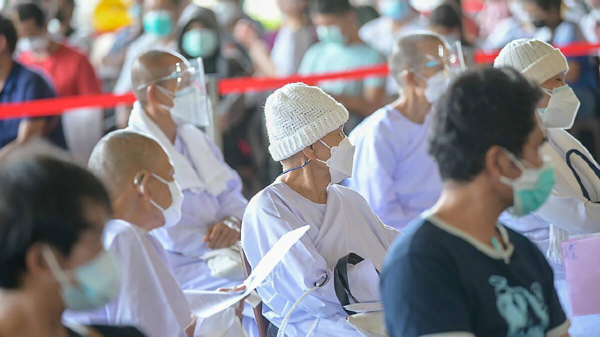BMA arranges vaccination for religious officials
