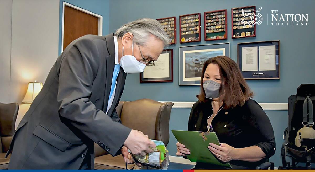 Don thanks US Senator Tammy for coordinating vaccine donation