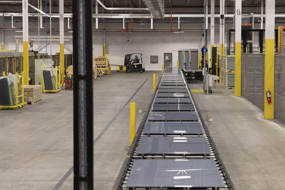 Inside the Ohio factory that could make or break Biden big solar energy push