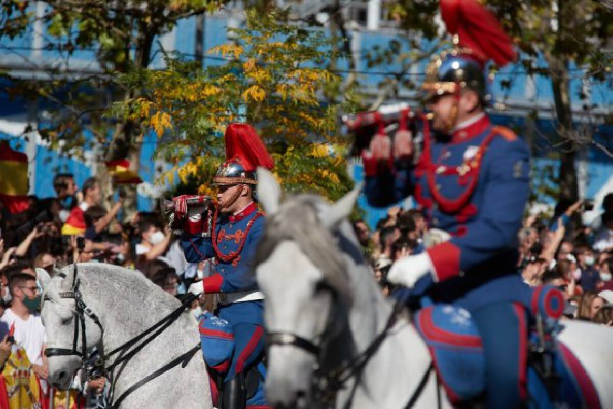 Soldiers attend a parade to celebrate the National Day of Spain in Madrid, Spain, Oct. 12, 2021. (Xinhua/Meng Dingbo)
