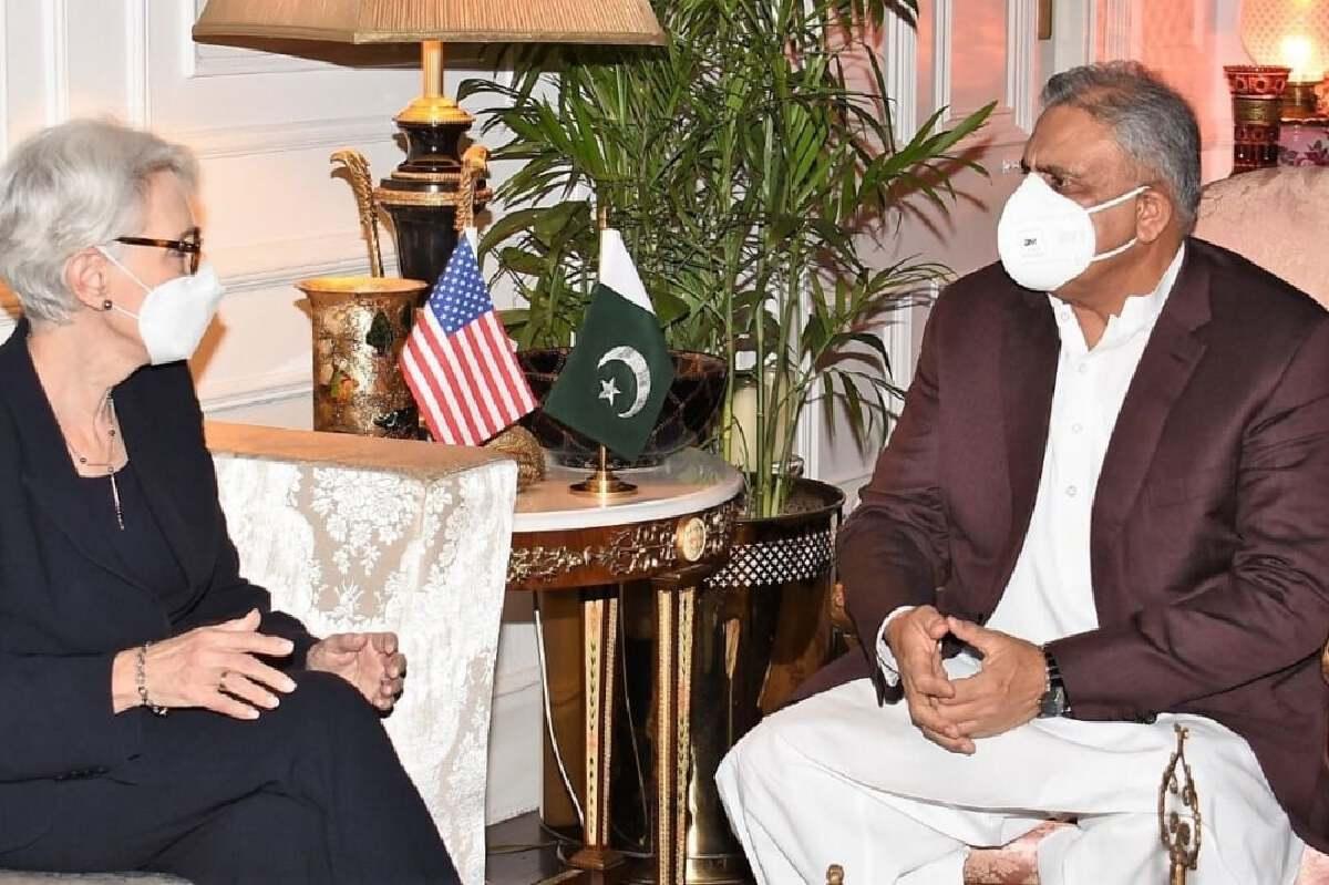 US Deputy Secretary of State Wendy Sherman called on Chief of Army Staff General Qamar Javed Bajwa on Friday. — Photo courtesy: ISPR