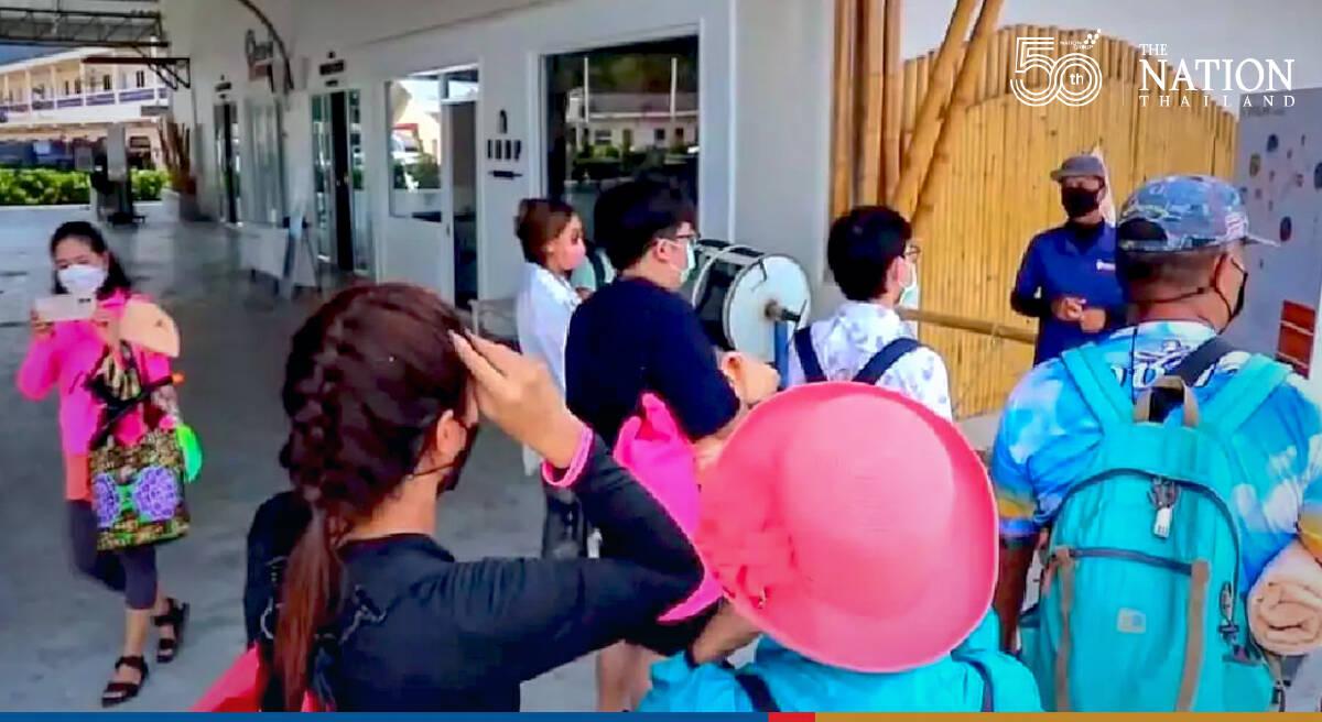 Tourists make a beeline for Similan