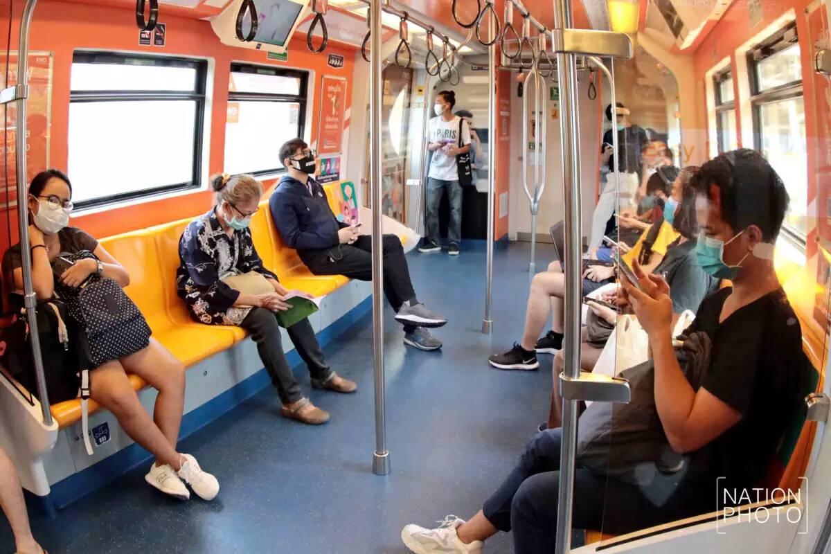 99 per cent of Bangkokians wear face masks in public, says survey